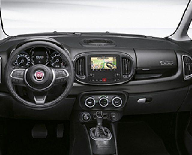Fiat SUV   Intérieur très spacieuse   500L Cross